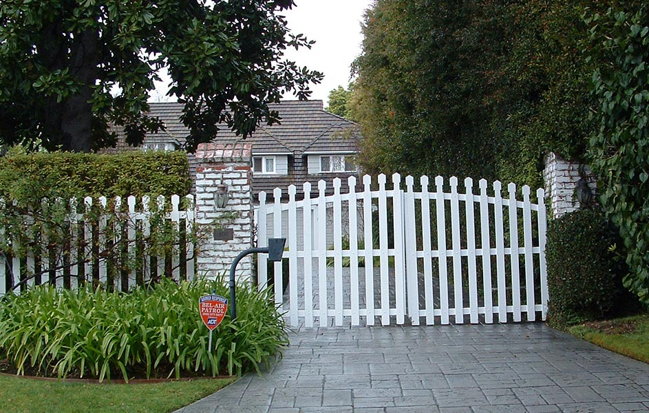 Mesa Wood Gates Custom Wood Gates For Driveways Amp Home Entry