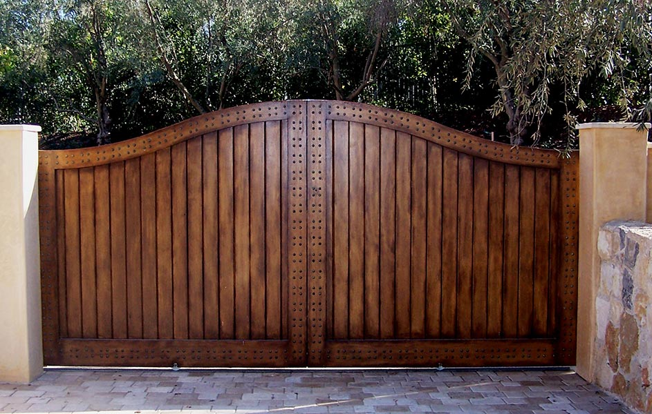 Mesa Wood Gates Custom Wood Gates For Driveways Amp Home Entry