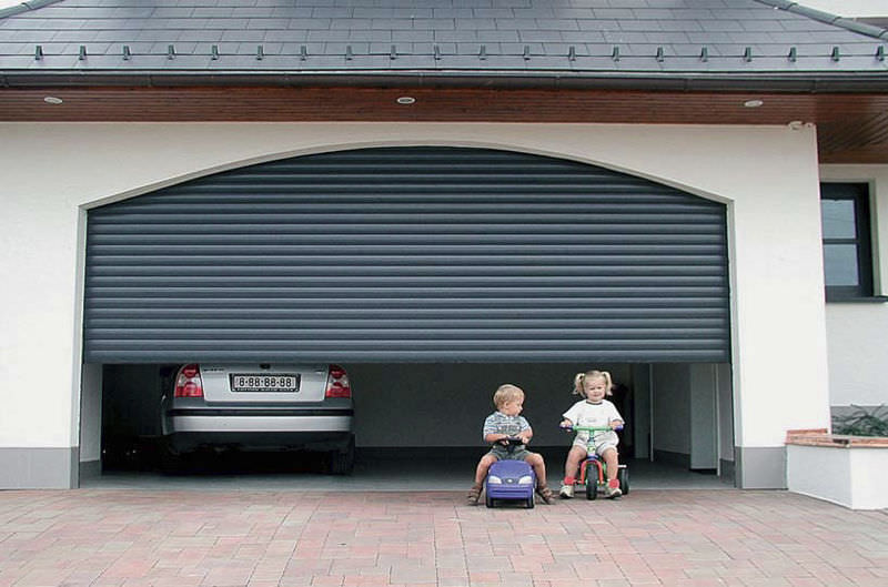 Roll Up Residential Garage Doors : Roll up doors the many benefits of installing